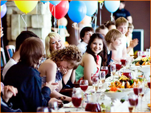 Проведение выпускного в кафе или ресторане
