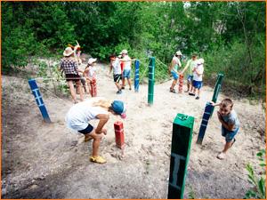 Детский квест на природе, игры с веревкой